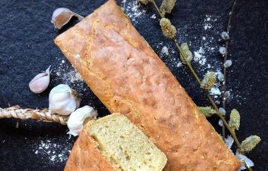 Chleb z samopszy na zakwasie